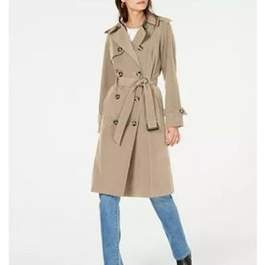London Fog  Belted Double-Breasted gTrench Coat